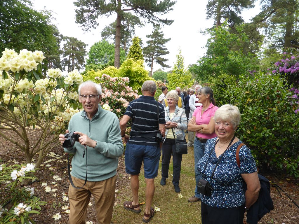 Bracken close volunteers visit (27)