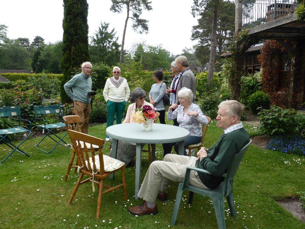 Bracken close volunteers visit (18)